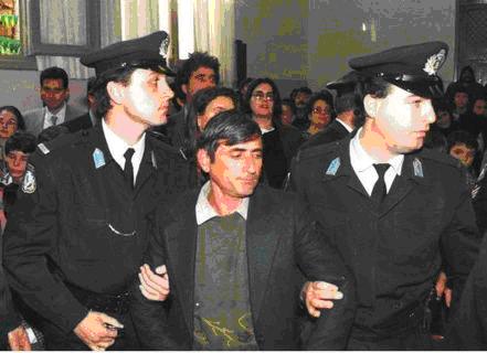 Μανώλης Δουρής: Ο βιαστής και παιδοκτόνος του εξάχρονου γιου του. Αυτοκτόνησε, αφού κακοποιήθηκε επανειλλημμένα στη φυλακή [photos]