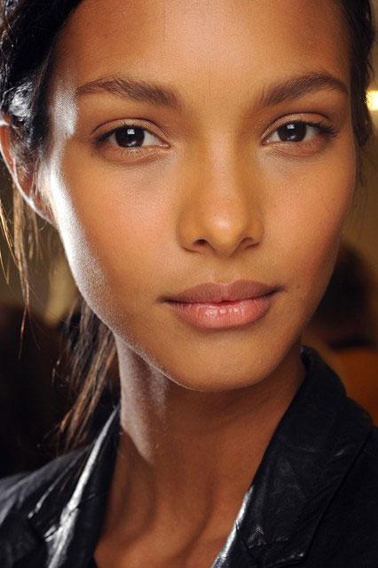 No make-up look»- φυσικό look με απαλά χρώματα