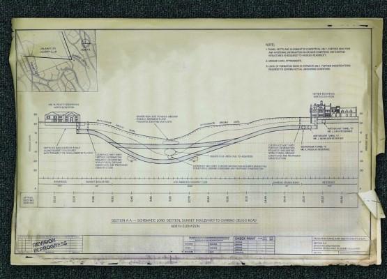 η Καρντάσιαν χρονολογείται εργένη 3 στοιχεία σχετικά με την ραδιομετρική χρονολόγηση