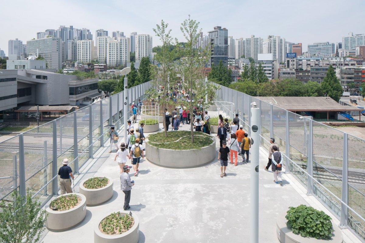 Μοναδικό! Γκρίζος αυτοκινητόδρομος στη Σεούλ, μεταμορφώνεται σε «πράσινο» χωριό! (Photos)