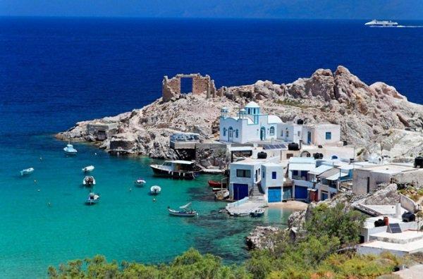 ellinika nisia - Good news: Το απαιτητικό κοινό του Conde Nast Traveller ψήφισε τα Ελληνικά ως τα καλύτερα νησιά στον κόσμο