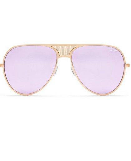 Αυτά είναι τα 12 κορυφαία γυναικεία γυαλιά ηλίου για το 2018 ... c77b05b442f