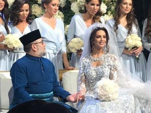 παντρεύεται ή να κάνει σεξ κολλέγιο ιστορίες σεξ