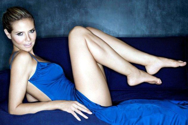 Αποτέλεσμα εικόνας για κοντά γυναικεία πόδια