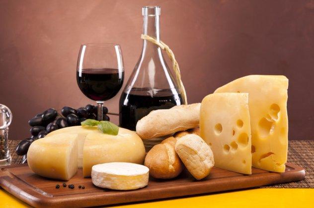 Αποτέλεσμα εικόνας για διαφορα τυρια σε πλατω