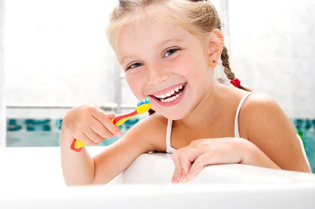 Αποτέλεσμα εικόνας για παιδι στον οδοντίατρο
