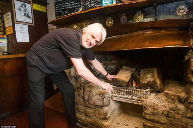 Φωτιά καίει σε τζάκι αδιάλειπτα για 172 χρόνια!