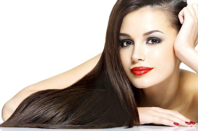 Τι είναι η θεραπεία κερατίνης και τι κάνει στα μαλλιά σας - Να πως ... e9d23caede9