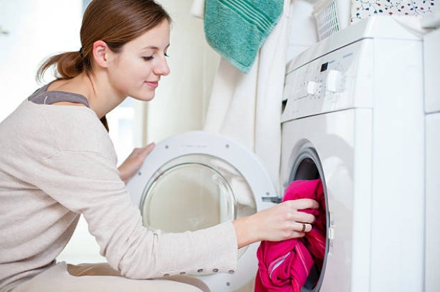 Να γιατί δεν πρέπει να πλένουμε τα καινούρια ρούχα μαζί με τα παλιά ... bb994700990