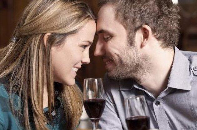 online dating app έσοδα