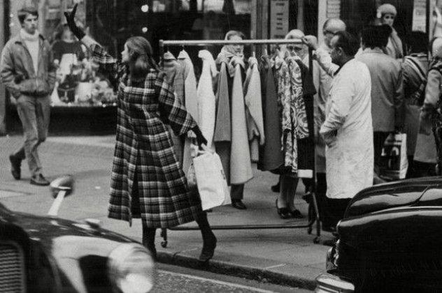 Τα καλύτερα vintage online καταστήματα! Μεταφερθείτε σε άλλη ... 42aa74ad986