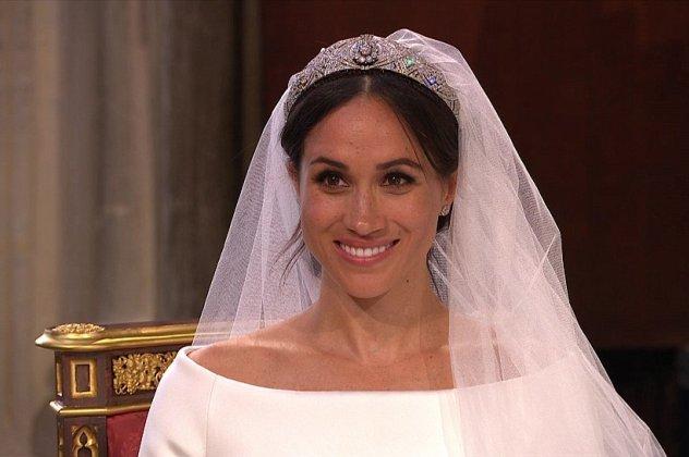 c54b34d3d9 Την έκπληξη έκανε η Meghan Markle με την τιάρα που επέλεξε να φορέσει στον  γάμο της με τον πρίγκιπα Harry.