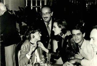 Vintage Story: Όταν ο Βασίλης Ζούλιας έκανε styling στην διάσημη Maria Snyder -και στις μικρούλες τότε Νίκη Κάρτσωνα- Βάνα Μπάρμπα! (ΦΩΤΟ)   - Κυρίως Φωτογραφία - Gallery - Video