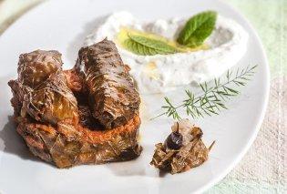 Αν αγαπάτε τα ντολμαδάκια αυτή η συνταγή από την μοναδική μας Αργυρώ Μπαρμπαρίγου θα σας ξετρελάνει! - Κυρίως Φωτογραφία - Gallery - Video