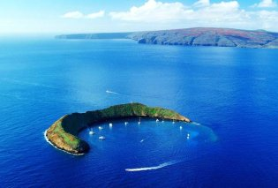 Πάμε για καταδύσεις στο μαγευτικό μισοφέγγαρο του Molokini στην Χαβάη (Φωτό & Βίντεο) - Κυρίως Φωτογραφία - Gallery - Video