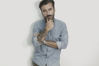 O Γιώργοs Μαυρίδης οργισμένος για δήθεν «κόψιμο» της εκπομπής του – Πληρωμένοι δημοσιογράφοι πανελίστες με κράζουν - Κυρίως Φωτογραφία - Gallery - Video
