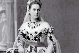 Η συλλογή κοσμημάτων της βασιλικής οικογένειας της Ελλάδος από τις πιο πλούσιες & ιστορικές της Ευρώπης - Τα πολύτιμα σμαράγδια της Βασίλισσας Όλγας - Κυρίως Φωτογραφία - Gallery - Video