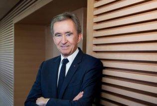Ο πλουσιότερος άνθρωπος της Γαλλίας ο Μπερναρ Αρνό προσφέρει 200 εκατομμύρια € για να αποκατασταθεί η Παναγία των Παρισίων - Κυρίως Φωτογραφία - Gallery - Video