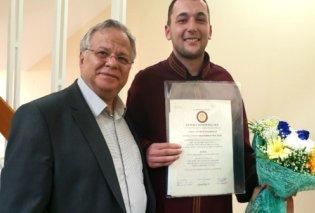 Χαμόγελο του Παιδιού: Συγκίνηση & υπερηφάνεια για την αποφοίτηση του Αλέξανδρου - Κυρίως Φωτογραφία - Gallery - Video