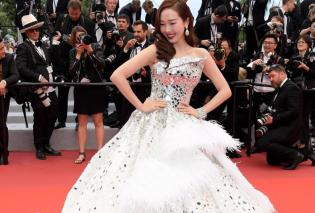 Φεστιβάλ Καννών 2019: Το φόρεμά της άστραφτε & βρόνταγε – Η Κορεάτισα σταρλετίτσα πήγε στις Κάννες σαν νύφη  - Κυρίως Φωτογραφία - Gallery - Video