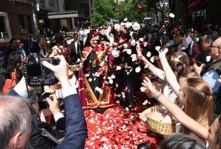 Μαρέβα Μητσοτάκη - Έλλη Στάη & άλλοι επώνυμοι έβγαλαν selfie με τον Ελπιδοφόρο - Ολοκληρώθηκαν οι τελετές ενθρόνισης του Αρχιεπισκόπου Αμερικής (φώτο-βίντεο)  - Κυρίως Φωτογραφία - Gallery - Video