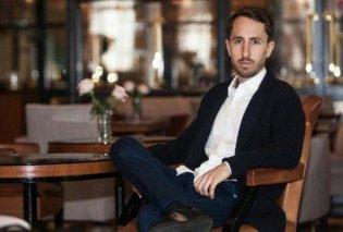 Στα 29 του κερδίζει πολλά εκατομμύρια ευρώ - Ξεκίνησε φτιάχνοντας τσάι στο σαλόνι του σπιτιού του με 500 ευρώ δανεικά (φώτο) - Κυρίως Φωτογραφία - Gallery - Video