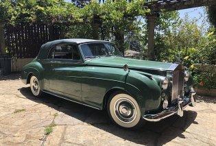 Η απίθανη πράσινη Vintage  Rolls Royce της Ελίζαμπεθ Τέιλορ πωλείται 7 εκ. δολάρια - Ταίριαζε με το νυφικό της (φώτο) - Κυρίως Φωτογραφία - Gallery - Video