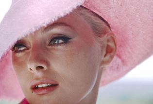Vintage Beauty Pics: Όταν μιλάμε για ξανθιές εννοούμε την Τζέιν Μάνσφιλντ, την Βίρνα Λίζι, την Ούρσουλα Άντρες (φώτο) - Κυρίως Φωτογραφία - Gallery - Video
