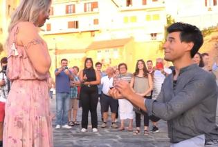 Η πιο ρομαντική πρόταση γάμου με βιολιά έγινε στο ενετικό λιμάνι των Χανίων – Δείτε το βίντεο - Κυρίως Φωτογραφία - Gallery - Video