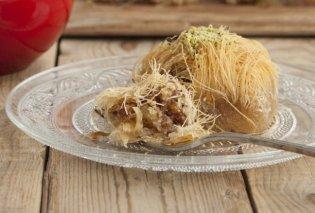 Ο Στέλιος Παρλιάρος μας δείχνει την πιο απλή, εύκολη και γευστική συνταγή για κανταΐφι - Κυρίως Φωτογραφία - Gallery - Video