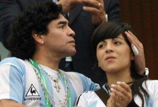 """Κόρη του Μαραντόνα: """"Προσευχηθείτε για τον πατέρα μου που πεθαίνει μέσα του""""- Ο Ντιέγκο την αποκληρώνει (φώτο) - Κυρίως Φωτογραφία - Gallery - Video"""