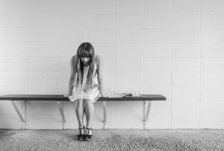 """""""Θεέ μου τι έκανα"""" μονολογούσε συνεχώς η 14χρονη που μαχαίρωσε τη μητέρα της - Την έσωσε η δίδυμη κόρη της - Κυρίως Φωτογραφία - Gallery - Video"""