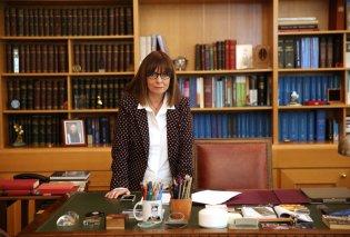 Έγραψε ιστορία η Αικατερίνη Σακελλαροπούλου:Εξελέγη νέα Πρόεδρος της Δημοκρατίας με 261 ψήφους - Κυρίως Φωτογραφία - Gallery - Video