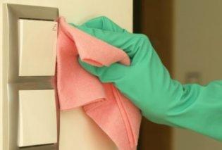 Σπύρος Σούλης: Με αυτό το φυσικό καθαριστικό μπορείτε να πλένετε τους βαμμένους τοίχους σας - Κυρίως Φωτογραφία - Gallery - Video