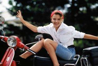 Πραγματική κουκλίτσα «η πριγκίπισσα της pop» Kylie Minogue σε σειρά 30 σπάνιων φωτογραφιών από τη δεκαετία του '80 - Η μόδα & το σγουρό μαλλί (Φωτό)  - Κυρίως Φωτογραφία - Gallery - Video