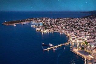Eirinika – Καλοκαίρι 2020: #Spetses - Οι αρχόντισσες του Αργοσαρωνικού - Για ρομαντικές διακοπές, ατμόσφαιρα 60s & meddling με εκατομμυριούχους & πρίγκιπες (Φωτό)  - Κυρίως Φωτογραφία - Gallery - Video