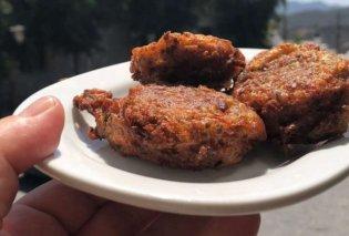 H Αργυρώ Μπαρμπαρίγου φτιάχνει παραδοσιακούς ντοματοκεφτέδες - Eύκολη συνταγή, σερβίρεται με γιαούρτι - Κυρίως Φωτογραφία - Gallery - Video
