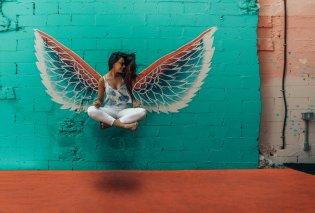 Οι ευαίσθητοι άνθρωποι είναι άγγελοι με σπασμένα φτερά που πετούν όταν αγαπηθούν - Κυρίως Φωτογραφία - Gallery - Video