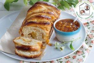 Μια απίθανη συνταγή από την Ντίνα Νικολάου: Τσουρεκο - κέικ γεμιστό με μαρμελάδα πορτοκάλι - Κυρίως Φωτογραφία - Gallery - Video