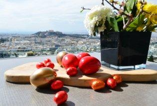 Πάσχα στην Αθήνα ! Δωμάτιο ή σουίτα για το Σαββατοκύριακο της Ανάστασης με θέα την Ακρόπολη -  παραδοσιακά πασχαλινά γεύματα & πισίνα ή βόλτες στο Λυκαβηττό (φώτο)  - Κυρίως Φωτογραφία - Gallery - Video