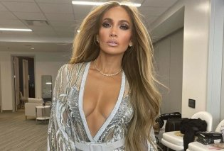 Η πιο γλυκιά στιγμή στο Vax Live: Η Jennifer Lopez ανέβασε την μαμά της στην σκηνή και τραγούδησαν μαζί, όπως όταν ήταν μικρή (φωτό & βίντεο) - Κυρίως Φωτογραφία - Gallery - Video