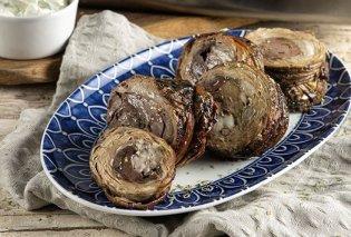 Έτσι θα φτιάξουμε κοκορέτσι στον φούρνο - Η πεντανόστιμη συνταγή του Άκη Πετρετζίκη - Κυρίως Φωτογραφία - Gallery - Video