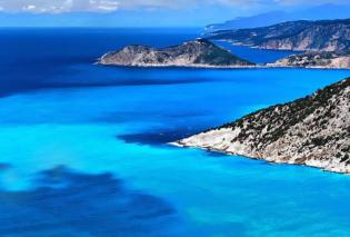 #Greek summer 2021: Ο diokaminaris μας παρουσιάζει τα μαγικά καταγάλανα νερά της παραλίας Μύρτος στην Κεφαλονιά - Οι Έλληνες φωτογράφοι προτείνουν - Κυρίως Φωτογραφία - Gallery - Video