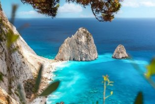 Greek summer 2021: Ο @adrianbaias παρουσιάζει την παραλία Κερί στη Ζάκυνθο - Οι ξένοι φωτογράφοι ψηφίζουν Ελλάδα - Κυρίως Φωτογραφία - Gallery - Video