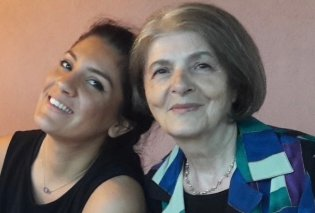 Topwoman η Σουλτάνα Παρτάλη: Στα 76 της χρόνια πήρε απολυτήριο λυκείου με 19,8  - Παραδίδει μαθήματα ζωής! (φωτό) - Κυρίως Φωτογραφία - Gallery - Video