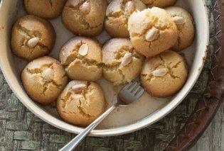 Έτσι θα φτιάξουμε σεκέρ παρέ - λαχταριστά σιροπιαστά μπισκότα με σιμιγδάλι - η συνταγή του Στέλιου Παρλιάρου  - Κυρίως Φωτογραφία - Gallery - Video