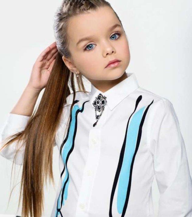 7521e673884 Είναι αυτή η εξάχρονη πριγκίπισσα του Instagram, το πιο όμορφο ...
