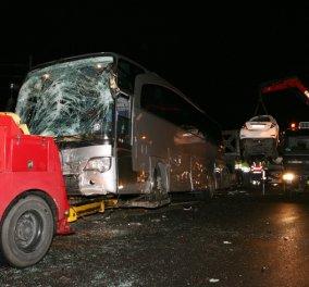 Kαραμπόλα 35 οχημάτων στο Σχηματάρι - Mία νεκρή και 2 τραυματίες! (Φωτό - βίντεο) - Κυρίως Φωτογραφία - Gallery - Video