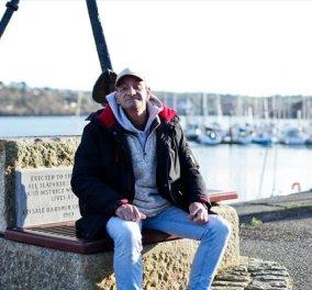 Story of the day: Ένας άστεγος επανενώνεται με την οικογένεια του χάρη στο Facebook - Χριστούγεννα μαζί τους μετά από 12 χρόνια! - Κυρίως Φωτογραφία - Gallery - Video