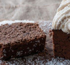 Σοκολατένιο κέικ με καρύδα για ένα τέλειο πρωινό από τον Άκη Πετρετζίκη! - Κυρίως Φωτογραφία - Gallery - Video